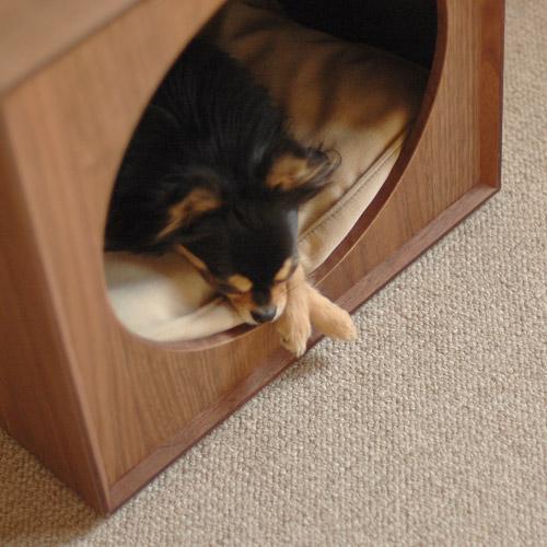 Cuccia comodino cane animalipucciosi 3 animali pucciosi for Cuccia cane ikea